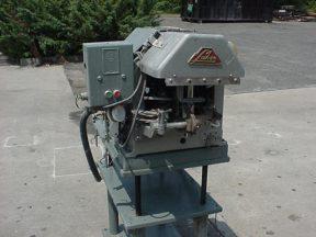 LAKSO MODEL 52 BOTTLE COTTONING MACHINE