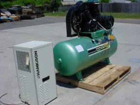 SPEEDAIRE 15 HP TANK MOUNTED AIR COMPRESSOR W /DRYER