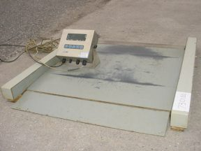 GSE SCALE SYSTEMS MODEL 350 DIGITAL SCALE