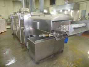 HEAT AND CONTROL/ MASTERMATIC 34 INCH WIDE STAINLESS STEEL GAS FIRED CONTINUOUS FRYER