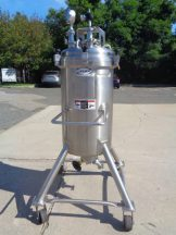 26 Gallon Walker 316L SS Portable Pressure Tank