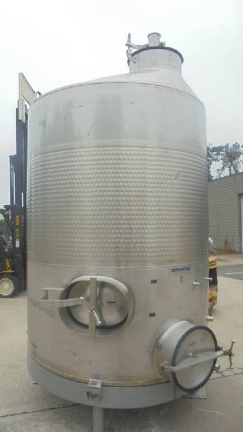 1,500 Gal Mueller Stainless Steel Vertical Dimple Jacketed Sanitary Tank, 200 PSI Jacket-