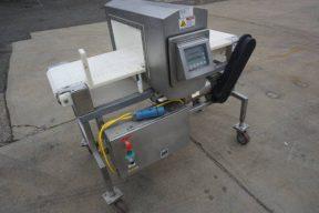 Safeline 19-3/4 In. Wide X 8-3/4 In. High Stainless Steel Conveyorized Metal Detector