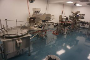 """D.T. Industries Kalish """"Swiftpack"""" Tablet/Capsule Automatic Bottling Line"""
