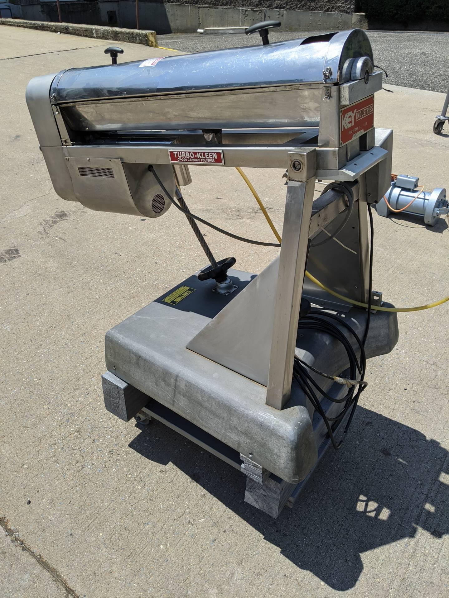 "Key Industries ""Turbo-Kleen"" CP-300 Capsule Polisher"