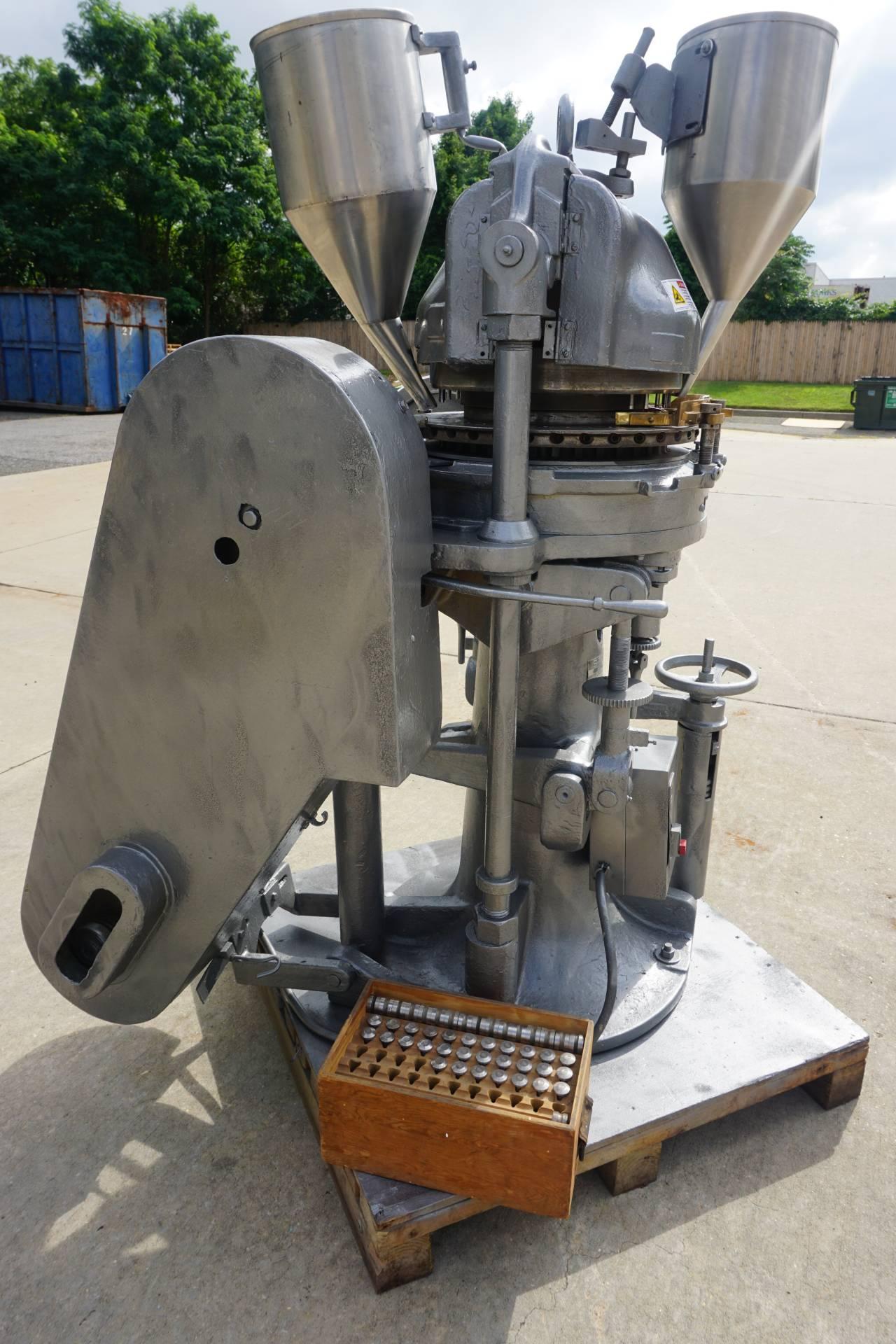 Stokes 35 Station Rotary Tablet Press, Keyed Head
