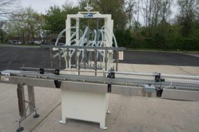 RJM 8 Spout Straight Line Liquid Filling Machine, Pressure Gravity Nozzles