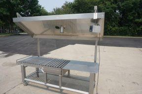 24 In. Wide X 84 In. Long Stainless Steel Roller Conveyor With Scale